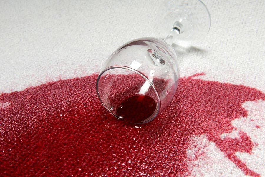 How to Remove Red Wine Stains From Rugs ?