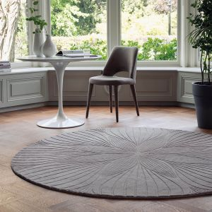 Folia 38305 Grey Hand Tufted Wool Rug by Wedgwood