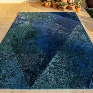 Lisboa 9052 Saphir Blue Designer Rug by Christian Fischbacher