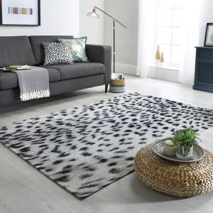 Manhattan Wilder Leopard Charcoal Grey Rug by Flair Rugs