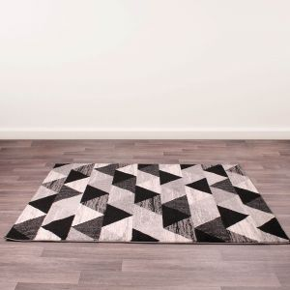 Spirit Triangle Black Rug by Ultimate Rug