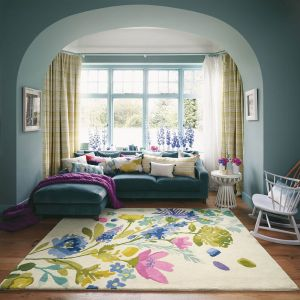 Tetbury Meadow 19201 Hand Tufted Wool Rug by Bluebellgray