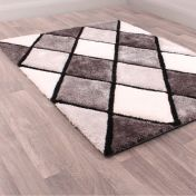 3D Carved Diamond Grey Shaggy Rug by Ultimate Rug