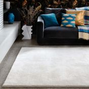 Aran Ivory Plain Wool Luxury Rug by Asiatic